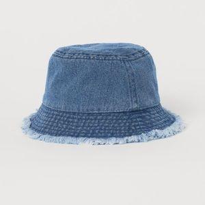 H&M- Frayed denim cotton bucket hat